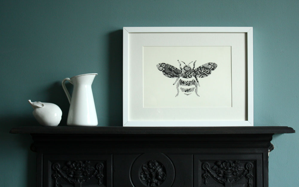 Annie & Amelia Lace Bee print (2012 range)